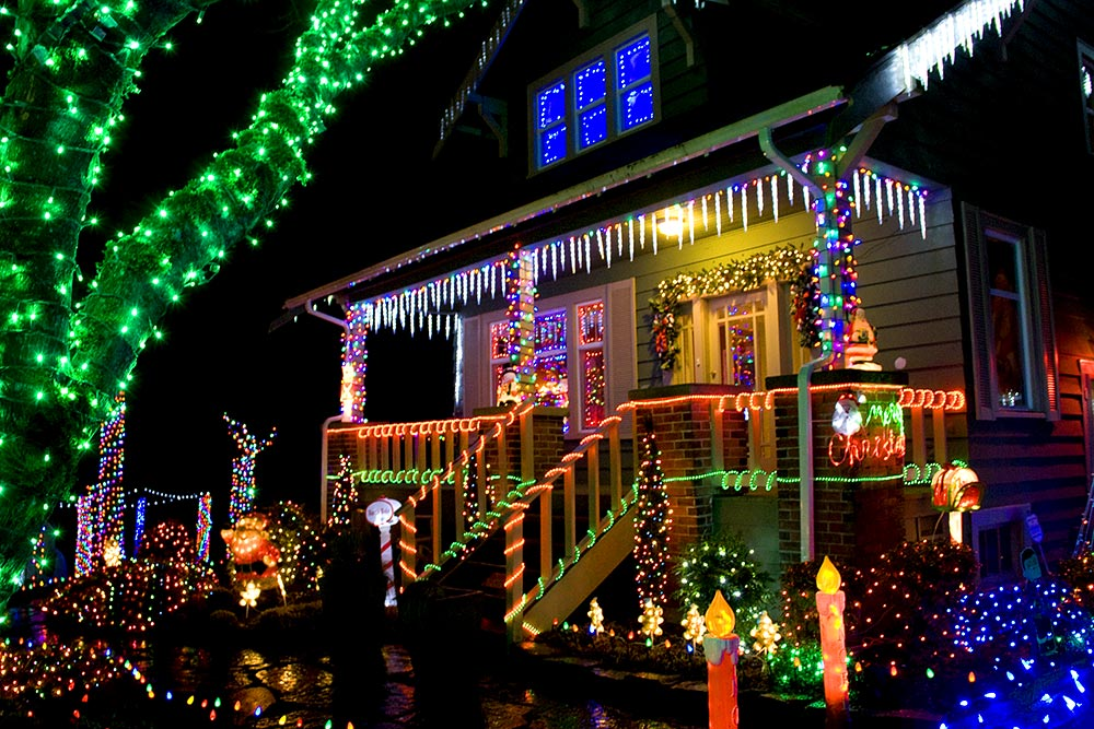 Christmas Light Installation Carlsbad